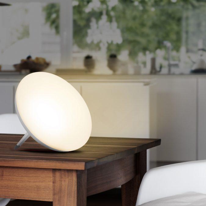 Speciální lampy vydávají světlo stejné vlnové délky, jako má denní světlo.