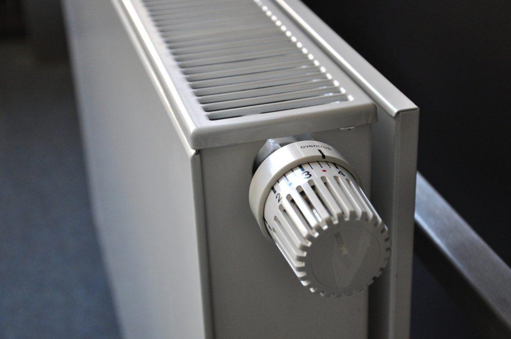 Odvzdušnit radiátor je vhodné ve chvíli, kdy je zahřátý.